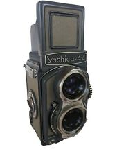 YASHICA-44 VINTAGE TWIN LENS REFLEX CAMERA FOR 127 FILM