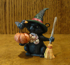 Jim Shore Heartwood Creek #6001551 BLACK CAT with PUMPKIN/BROOM, HALLOWEEN 3.5""