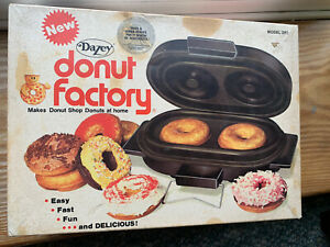 Vintage Dazey Donut Factory Model DF2 Electric Doughnut Maker + recipes Works
