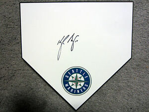 KYLE SEAGER Seattle Mariners SIGNED Autographed Home Plate Base w/COA