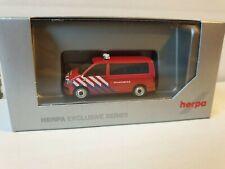 herpa  VW T6 BUS <<<<  Brandweer Niederlande FEUERWEHR HOLLAND >>>>  -- 930987