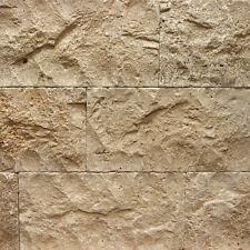 1 Musterstück Travertin bossiert Verblender Wandverkleidung Naturstein Riemchen