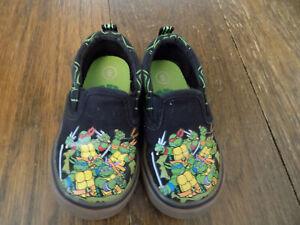 Teenage Mutant Ninja Turtles Canvas Slip On Turtle Sneakers Black Green sz 6 GUC