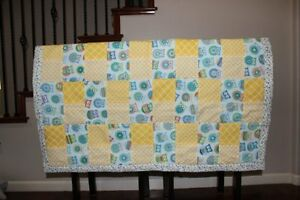 Home Made Baby Quilt~Hoot Owls With Flower Print Back~
