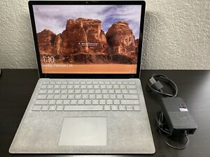 Microsoft Surface Laptop 1769 Intel i7 7660U@2.5GHz 8GB RAM 256GB SSD - 9.5/10