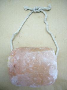 Salt Lick Himalayan Salz for Horses 2 Piece with Cord