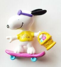Peanuts Snoopy COOL EASTER Skateboard PVC Figure
