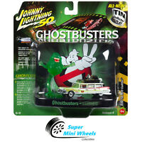 Johnny Lighting 1:64 Diorama - Ghostbusters - Ecto-1A Ambulance with Figurine