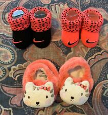 Nike Newborn Infant Baby Girl Booties & Gerber Cat Slippers 0-6M Lot Of 3 Items