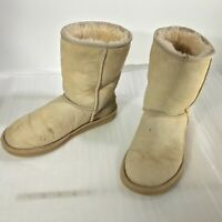 UGG AUSTRALIA Classic Short Sheepskin BOOT 5825 Women's Sz 6