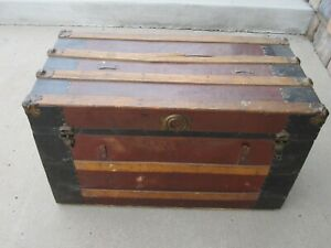 Vintage WOOD STEAMER TRUNK chest coffee table storage toy box antique brown~9706