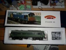 Bachmann 32-400 Class 25 D7645  in BR Green Livery