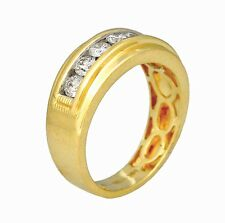 1.01ct Round Cut Channel Set Diamond Men's Wedding Band in 14K Yellow Gold