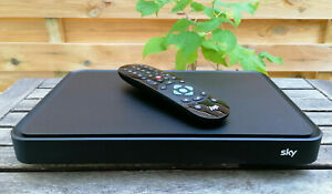 Sky Q Sat Receiver ESd-160s mit 1TB HDD gepflegter Zustand