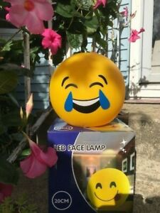 """BLUE TEARDROPS-LED SMILEY FACE LAMP 8""""ROUND--BATTERY OPERATED-BRAND NEW IN BOX"""