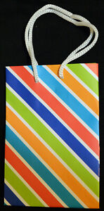 """Brand New Paper Gift Party Bags 4"""" x 6"""" - Multiple Styles"""