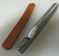 SADDLERS LEATHER WORKERS TOOL - BUTTONHOLE PUNCH - TEARDROP -  MADE IN ENGLAND