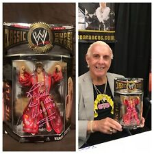AUTOGRAPHED RIC FLAIR GREEN ROBE CLASSIC FIGURE