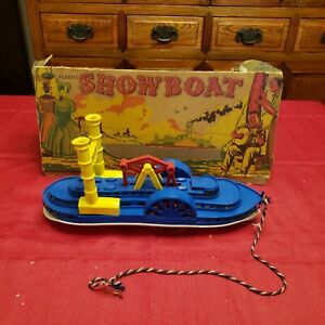 VINTAGE PLASTIC MISSISSIPPI STEAM PADDLE SHOW BOAT BY IDEAL ~ PARTIAL BOX!