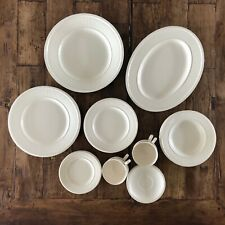 Wedgwood Edme set: 4x4 plates, 4x tea cups, serving platter round + oval