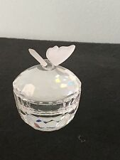 SWAROVSKI RETIRED TREASURE BOX - ROUND BUTTERFLY 010068