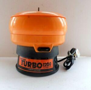 LYMAN TURBO 1200 TUMBLER vibrating polishing machine brass case cleaner rock