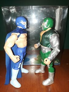 Mascara Año 2000 vs Anibal Costums figures  CMLL wwe JAKKS PACIFIC