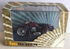 Ixo Museum Moto Ariel Square Four 1956 1/24ème