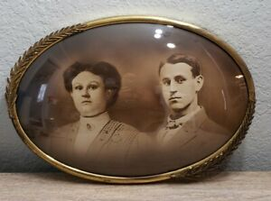 Antique Picture Couple Frame Convex Bubble Glass Ornate Oval Gold Metal 14 x 20