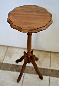 Vintage Solid wood pedestal scallop top round table plant stand four legs