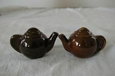 Vintage Collectible Salt & Pepper Shakers Brown Ceramic Tea Pot w/ Cork Stoppers
