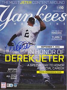 """DEREK JETER SIGNED """"JETER DAY"""" NY YANKEES SPECIAL 9/7/14 PROGRAM SCORECARD ISSUE"""