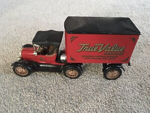ERTL Ford 1918 Tractor Trailer Delivery Truck - True Value Coin Bank