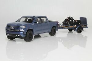 Chevy 1500 w/ Indian Motorcycle & Utility Trailer 1:64 Scale Diecast Model Truck