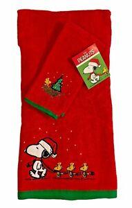 Peanuts Santa Snoopy & Woodstock Christmas Red Bath & Fingertip Towel Set
