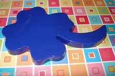 "TUPPERWARE 4 1/2"" CLOVER LEAF COOKIE CUTTER IN ROYAL BLUE NEW"