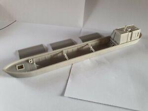 Model Railway Scenery CARGO CANAL BOAT / BARGE 1:76 OO gauge/scale