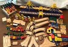 135+ pieces  Thomas the Train Wooden Tracks - Vehicles - Buildings - Bridges++++