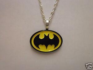 "Boys Girls DC Batman Super Hero Logo Pendant With 18"" Necklace"