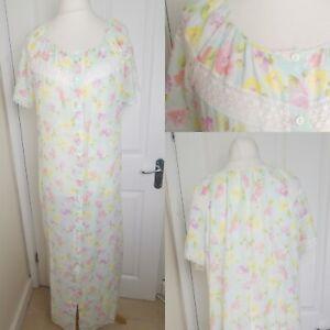 Vintage 1970s Size 18 M&S St Michael Pastel Blue Floral Nightdress Nightie