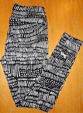 LULAROE OS ONE SIZE 2/12 BLACK & WHITE KNIT LEGGINGS WITH HIDDEN UNICORN ~ HTF