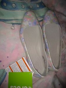 Crocs Sienna Shoes size 5 BNWT