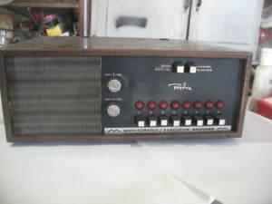 Vtg Regency Monitoradio Executive Police Scanner Police Radio 8 Channels