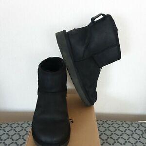 UGG Short Black Boots Size 4.5 Uk  37 Eu