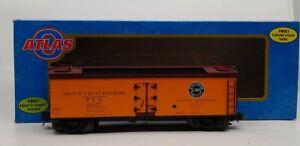 Atlas 8155-7 PFE 40' Reefer Car [3Rail] LN/Box