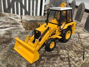 1/35 scale NZG 277/2771 JCB 3cx black cab version backhoe loader tractor digger