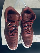 Men's Nike High Tops Sneakers Size 10 Burgundy