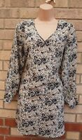 IZABEL SILKY TAUPE BEIGE ABSTRACT FLORAL CUT OUT LONG SLEEVE TUNIC TOP BLOUSE M