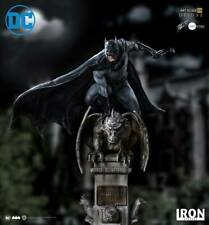 Iron Studios 1/10 deluxe art scale Batman statue by Eddy Barros (In Stock)