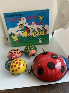 Mechanical Lady-bug Family Parade Wind Up Tin Plate Clockwork Toy Made In Taiwan